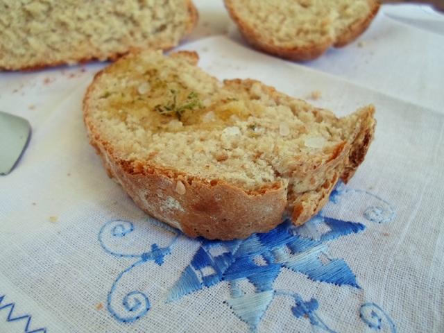 Σπιτικό-Ψωμί