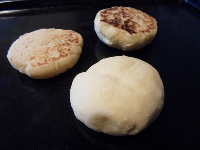 English Muffins Συνταγές