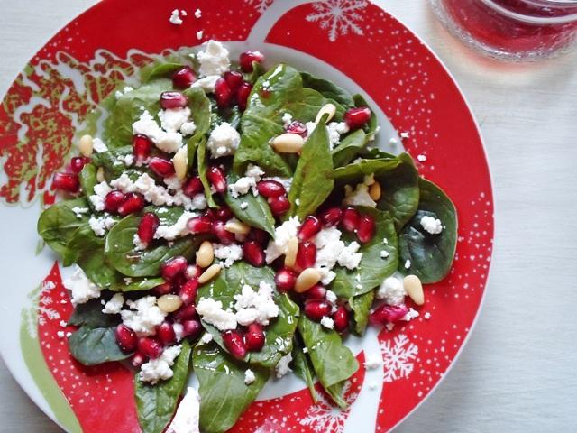 Συνταγές για σαλάτες Χριστουγεννιάτικες