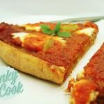 Πίτσα με Ζύμη Ολικής, Πέστο Πιπεριάς και Μανούρι