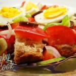 Σαλάτα Ντομάτα με Ψωμί Ολικής και Μυρωδικά