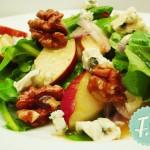 Σαλάτα με Σπανάκι, Μήλο Καρύδι και Ροκφόρ