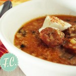 Σούπα με Τραχανά και Λουκάνικο