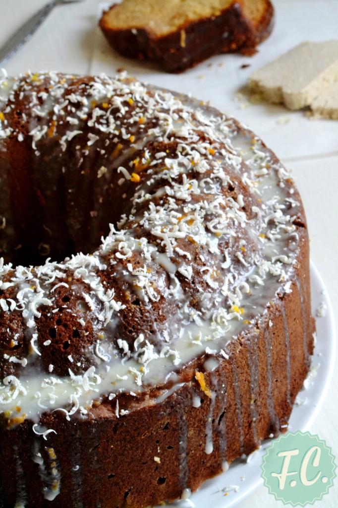 Κέικ με Μακεδονικό Χαλβά και Μαστίχα Χίου