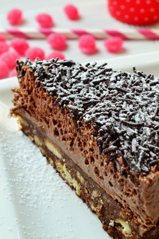 Σοκολατίνα με βάση μπισκότο