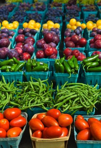 Εποχιακά Καλοκαιρινά Λαχανικά και Φρούτα