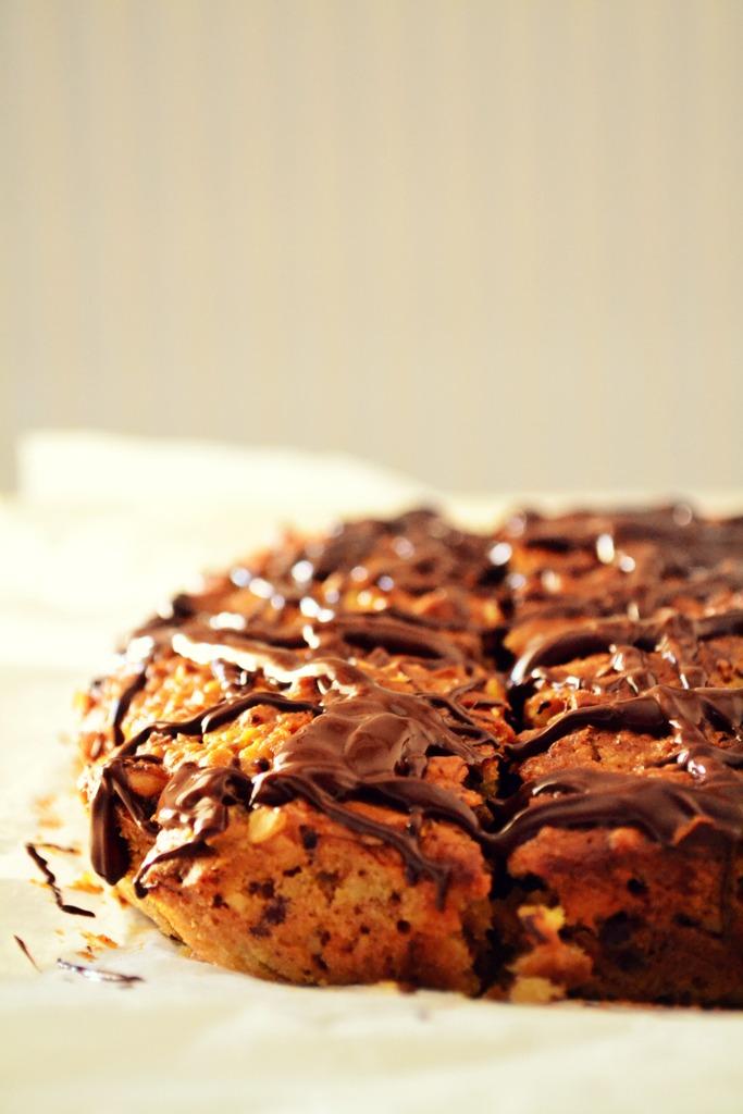 Συνταγές Κέικ με Χουρμάδες και Σοκολάτα