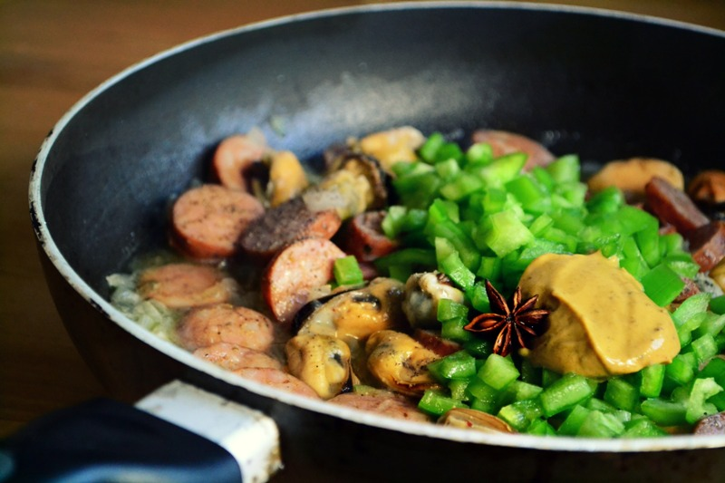 Συνταγές με Λουκάνικα Creta Farms