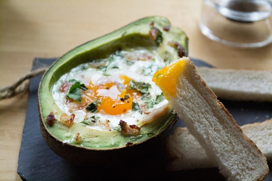 Αβοκάντο με Αυγό