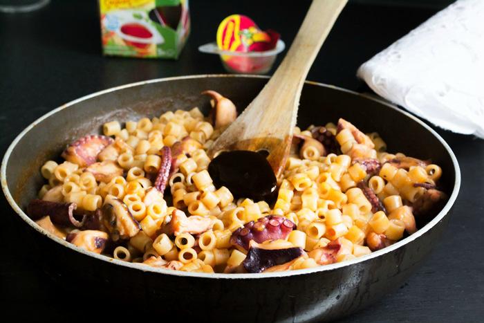 Συνταγές Χταπόδι με Μακαρόνι