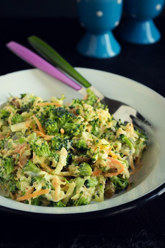 Σαλάτα με Μπρόκολο και Καρότο