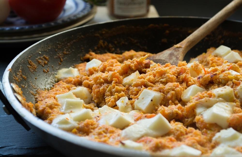 Συνταγές για Στραπατσάδα