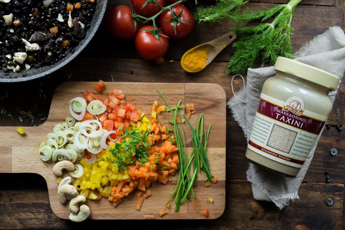 Νηστίσιμες συνταγές με Μακεδονικό Ταχίνι