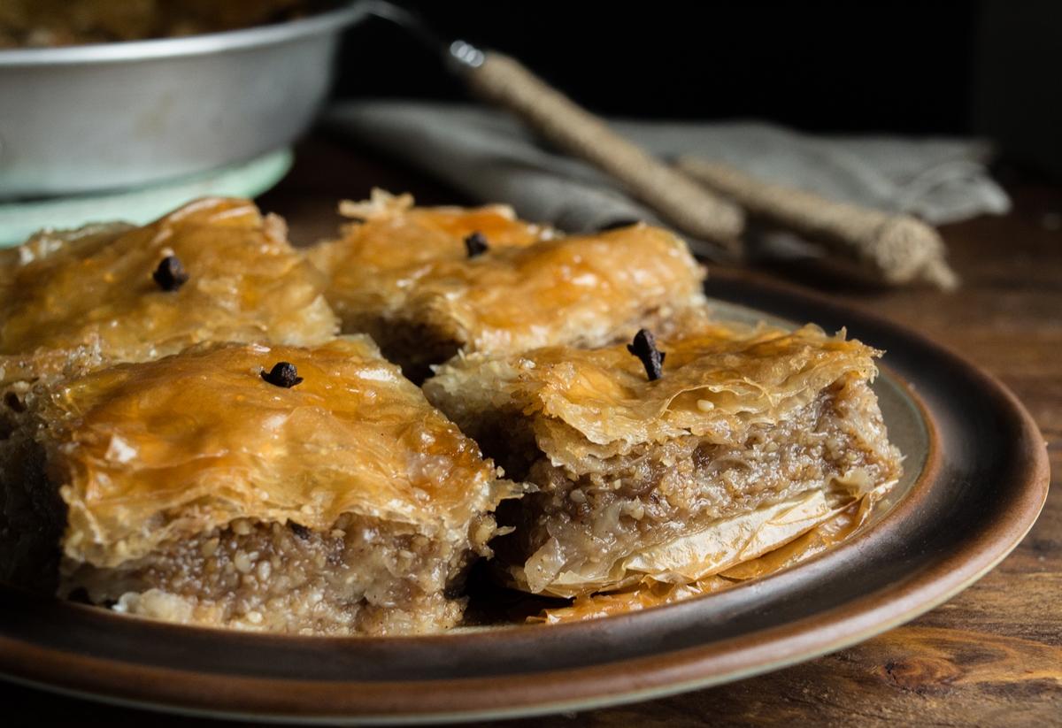 Σουσαμόπιτα - Σησαμόπιτα Παραδοσιακή