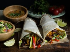 Burritos με Λαχανικά και Σάλτσα Καλαμποκιού με Μακεδονικό Ταχίνι
