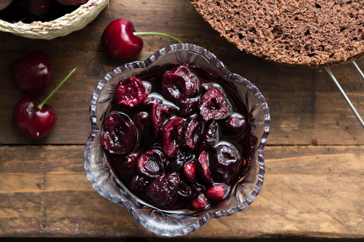 Συνταγή για black Forest γλυκό
