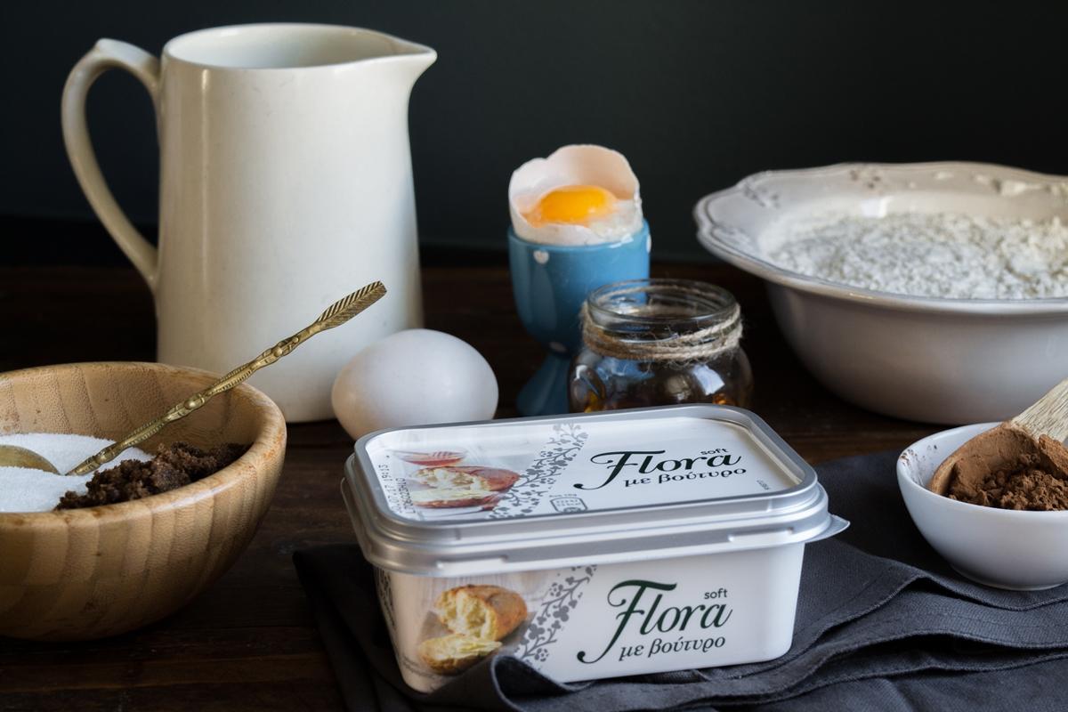 Flora συνταγές για εύκολα γλυκά