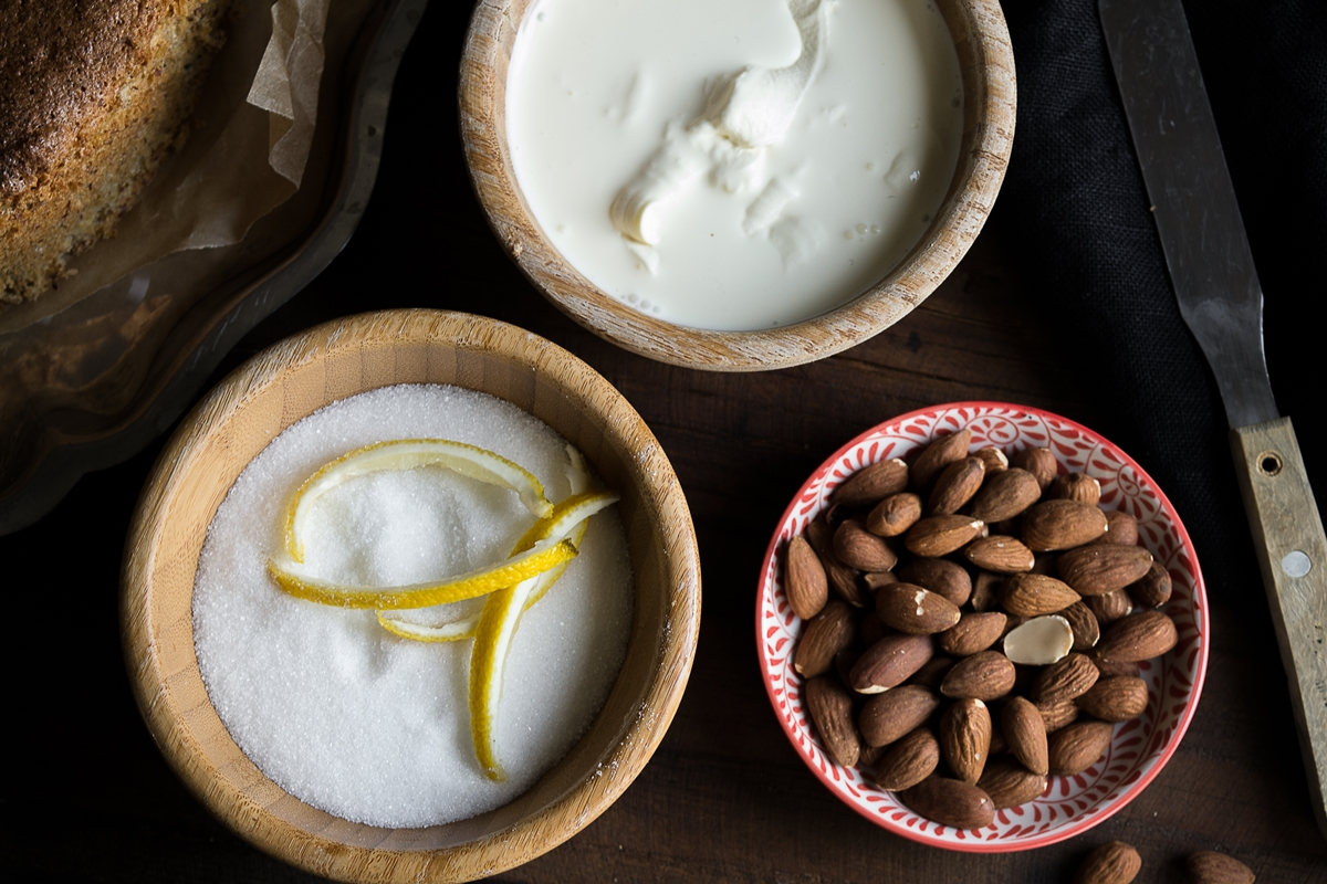 Σιροπιαστή Αμυγδαλόπιτα Συνταγές