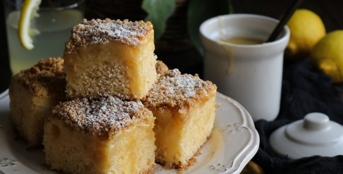 Κέικ με Λεμόνι και Λεμονόκρεμα