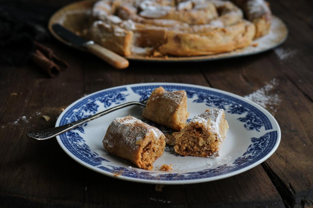 Γλυκά με Ταχίνινι Συνταγές
