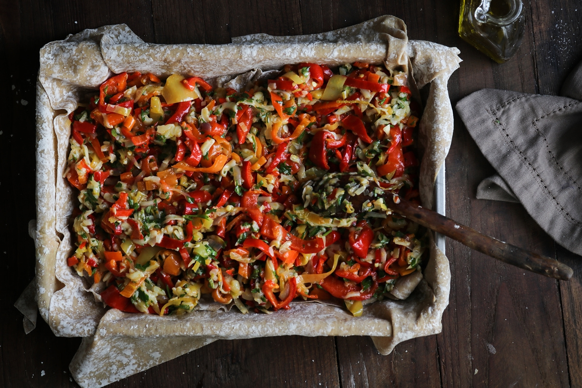 Πιπερόπιτα με Πιπεριές Φλωρίνης και Κασέρι