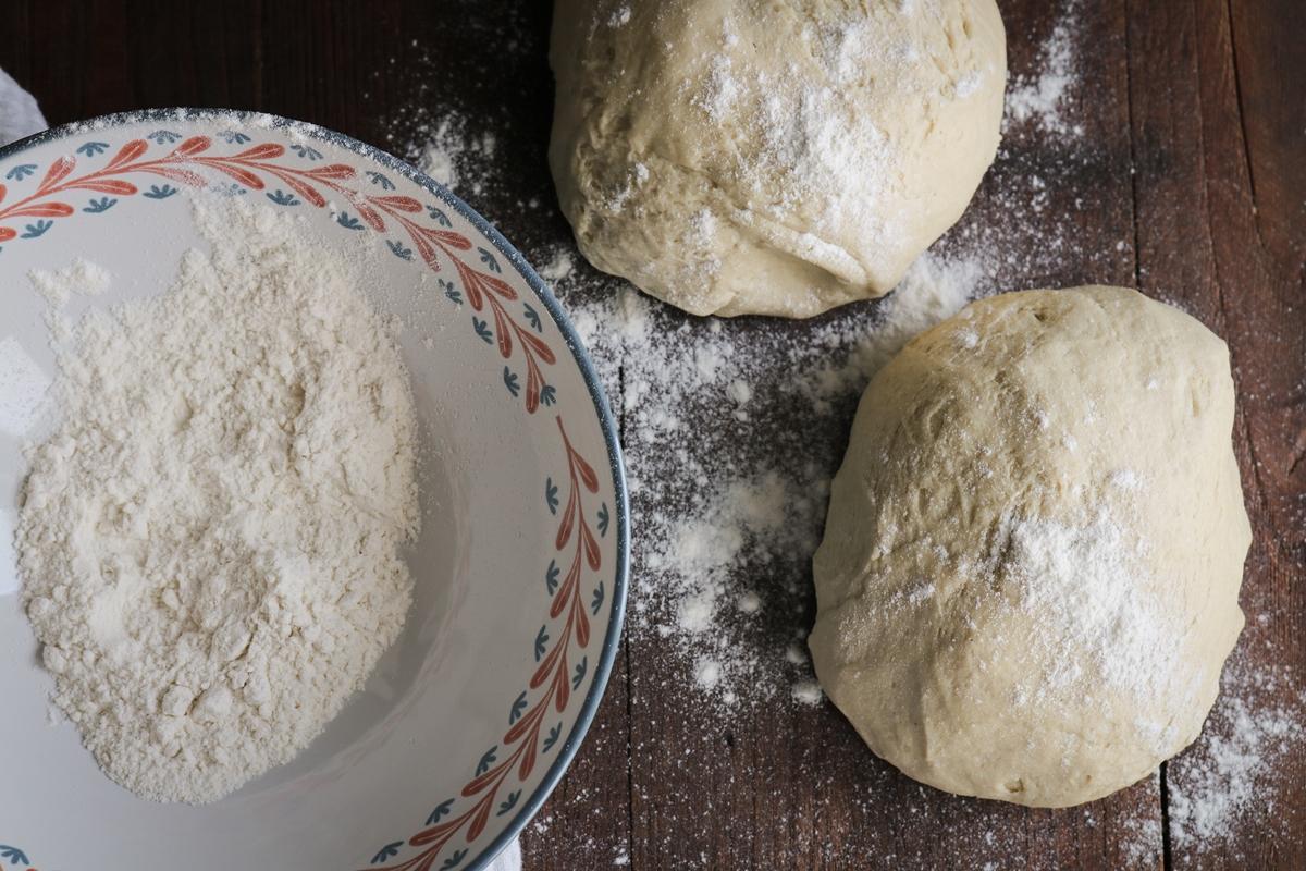 Πώς να ζυμώσω ψωμί