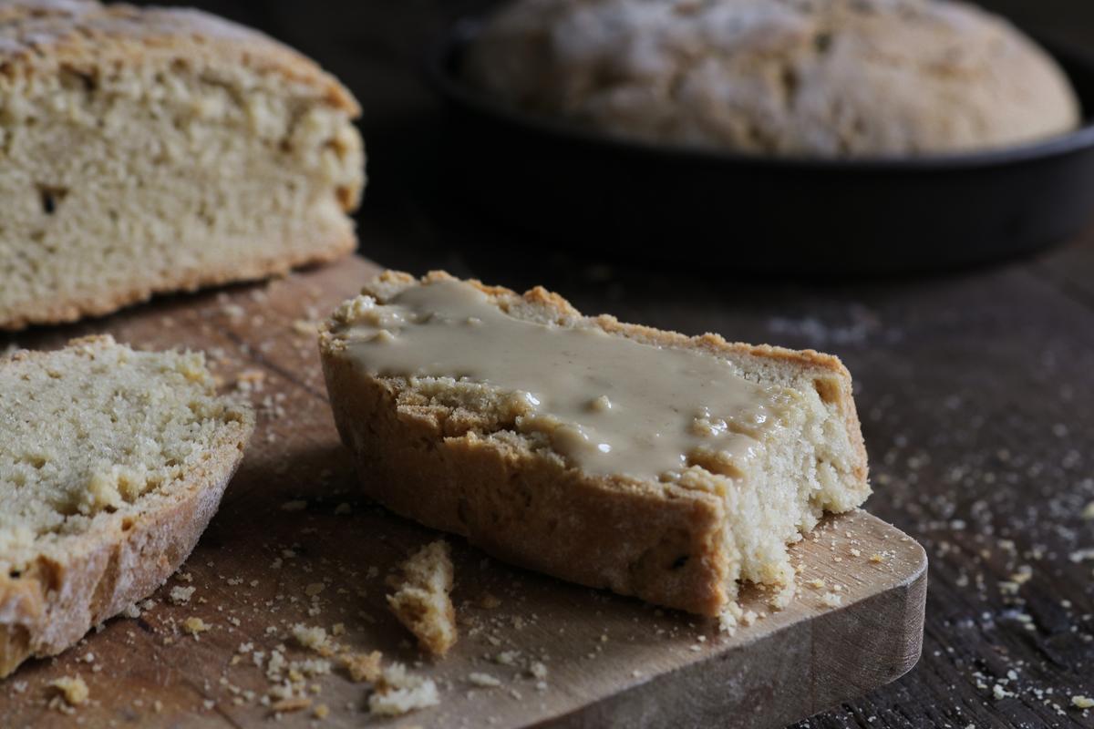 Συνταγή Ψωμιού με Ταχίνι