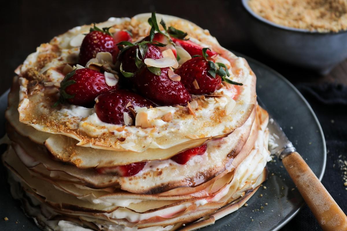 Γλυκά με Φράουλες Συνταγές