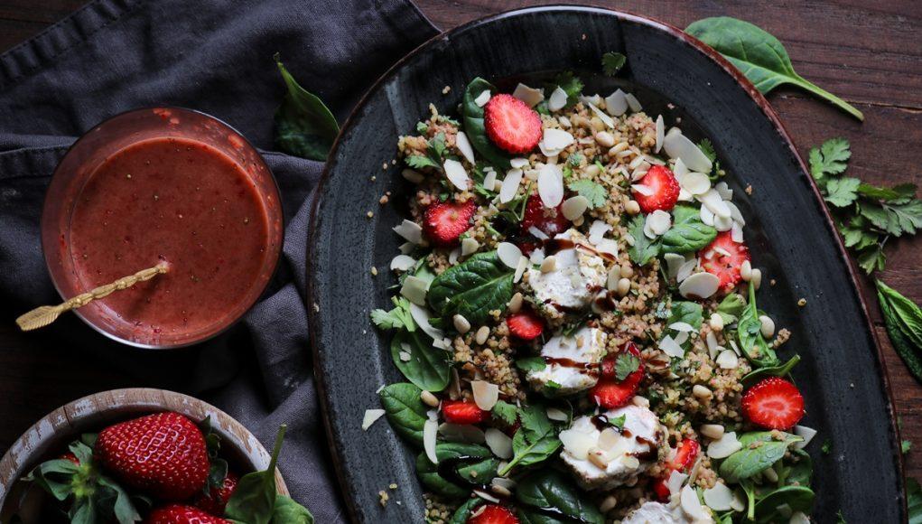 Ταμπουλέ με Κους Κους, Φράουλες και Κατσικίσιο Τυρί