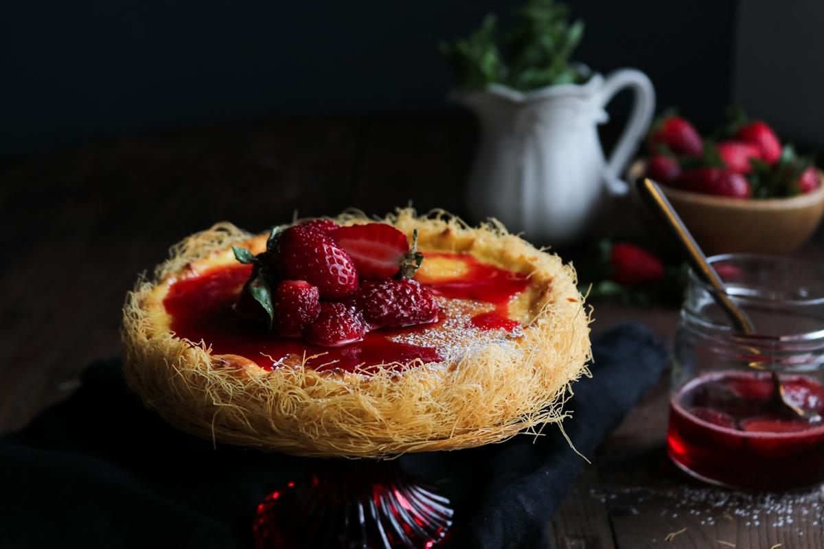 Τσιζ κέικ με Καταΐφι και Φράουλες