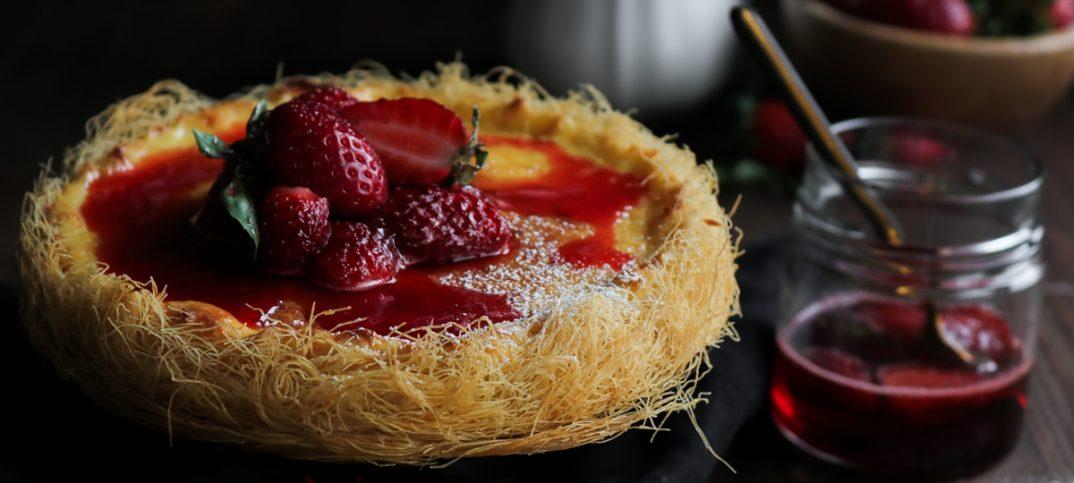 Cheesecake με Καταΐφι και Φράουλες