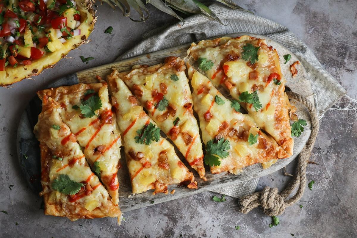 Συνταγή για Πίτσα με Ανανά