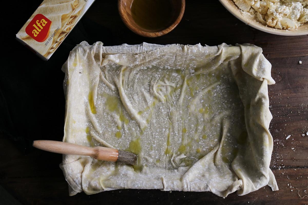 Πίτα με Χωριάτικο Φύλλο Συνταγή