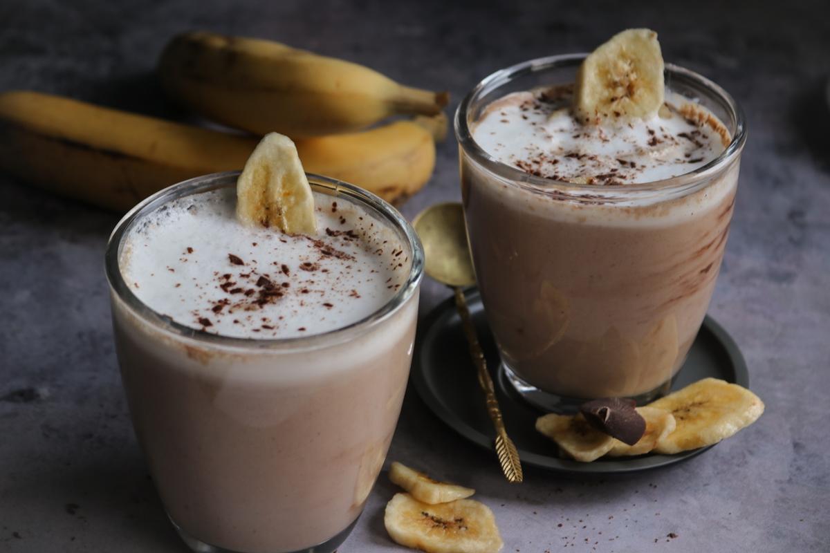 Ζεστό Smoothie με Φυστικοβούτυρο και Μπανάνα