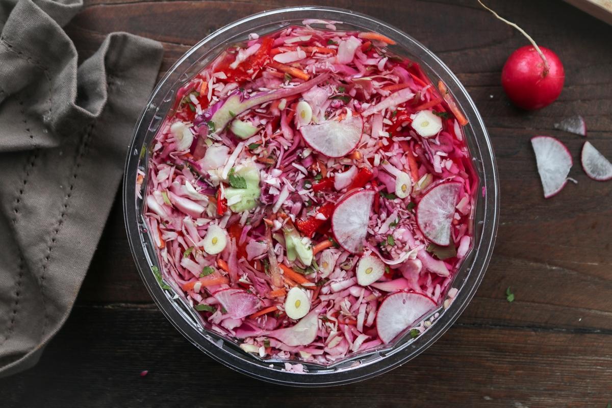 Συνταγή για πολίτικη σαλάτα με μωβ λάχανο