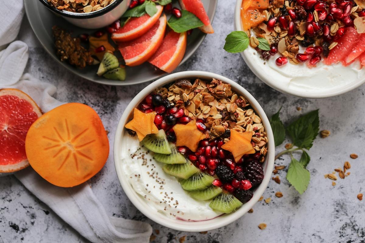 Breakfast Bowl Γιαούρτι, Φρούτα, Granola