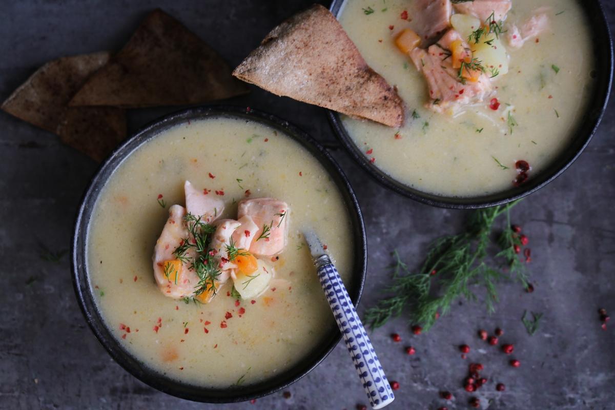 Ψαρόσουπα με Σολομό Συνταγή