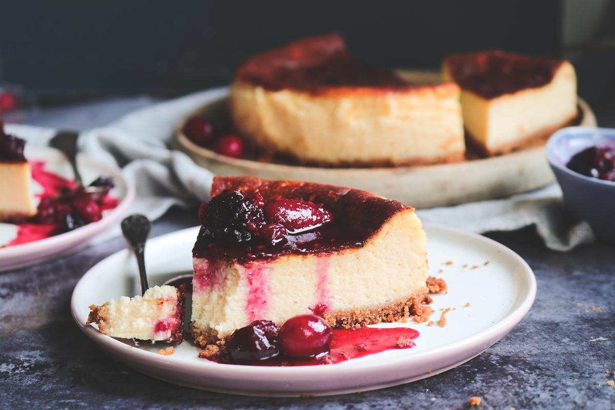 NY Cheesecake με Κόκκινα Φρούτα