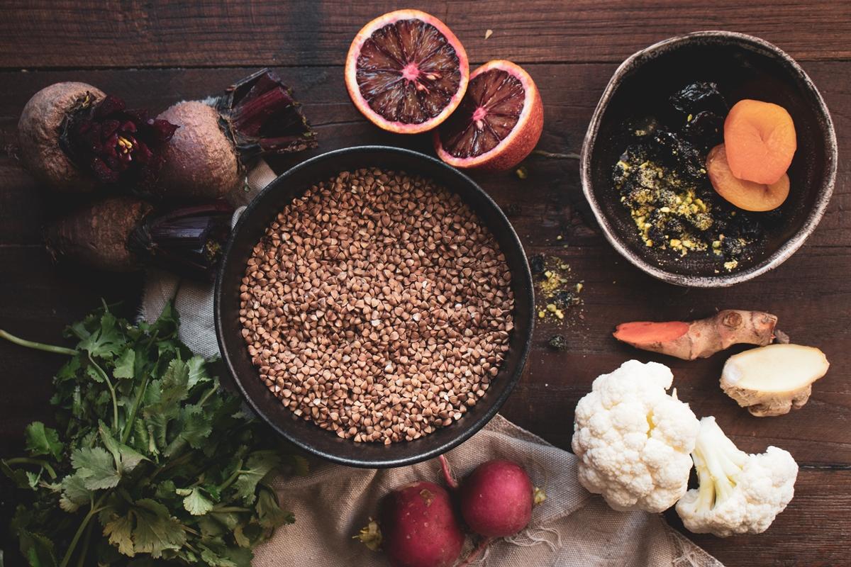 Ζεστή Σαλάτα με Φυγόπυρο, Κουνουπίδι, Παντζάρι και Σαγκουίνι