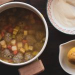 Συνταγή για Γιουβαρλάκια με Σελινόριζα