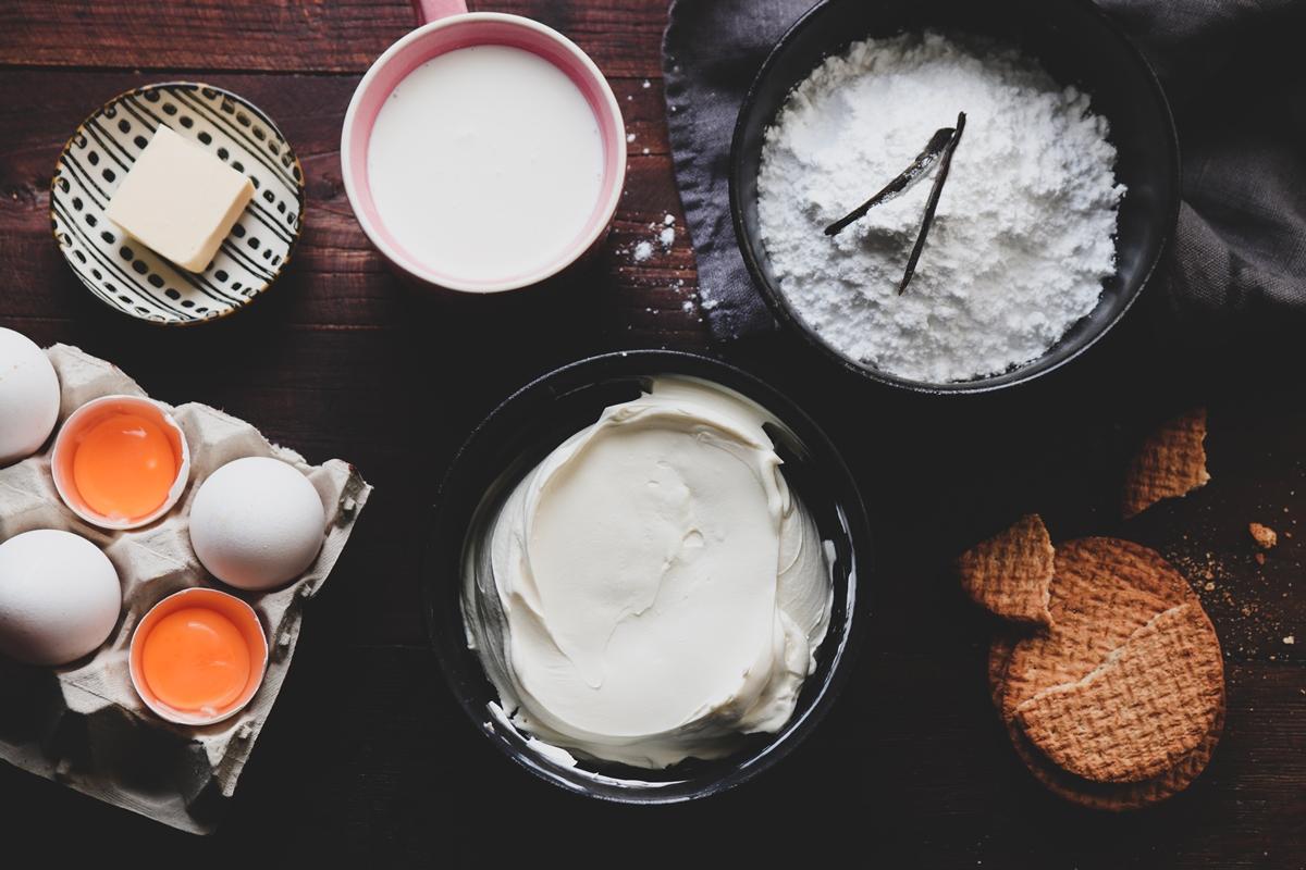 Υλικά και Συνταγή για Cheesecake