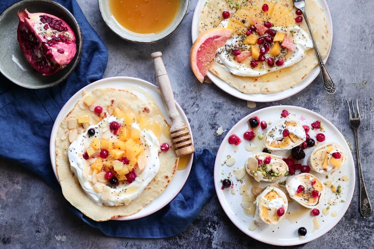 Σπιτικά Wraps με Φρούτα, Γιαούρτι, Μέλι και Ξηρούς Καρπούς