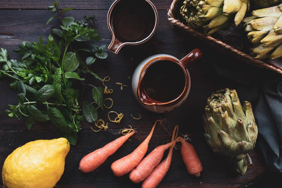 Αγκινάρες με Καρότα και Μέντα