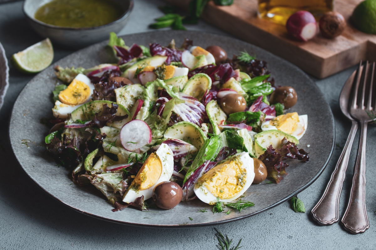 Πασχαλινές Σαλάτες με Αυγά Συνταγές