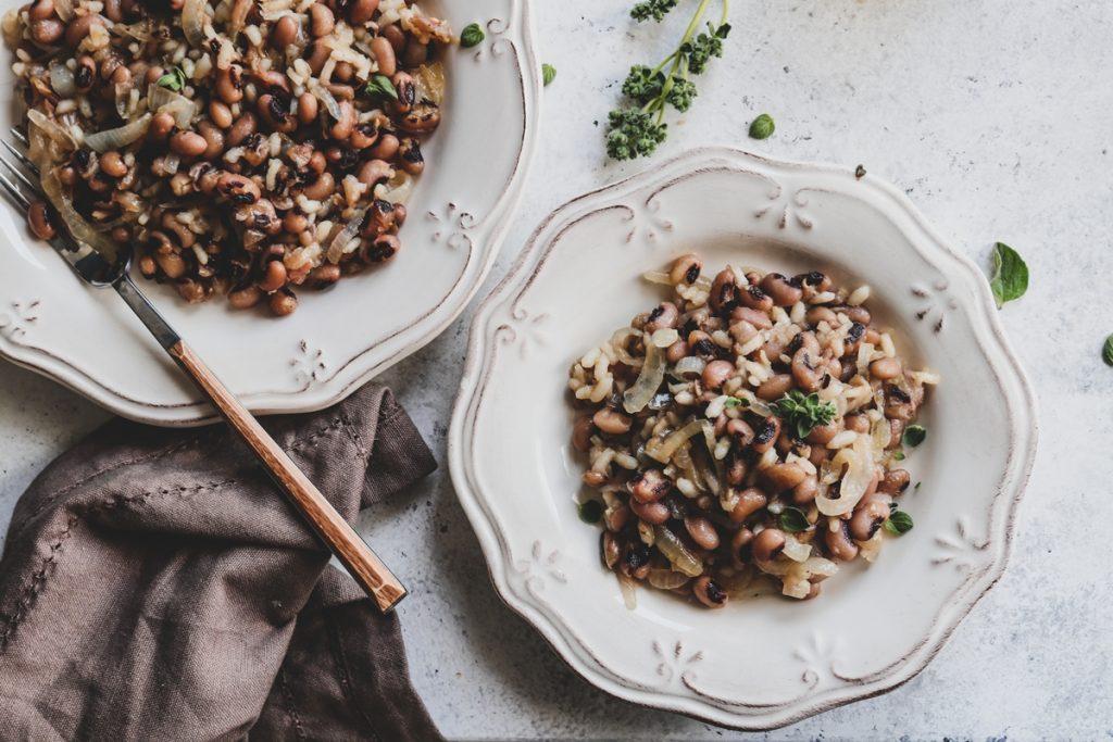 Μαυρομάτικα Φασόλια με Ρύζι Συνταγή