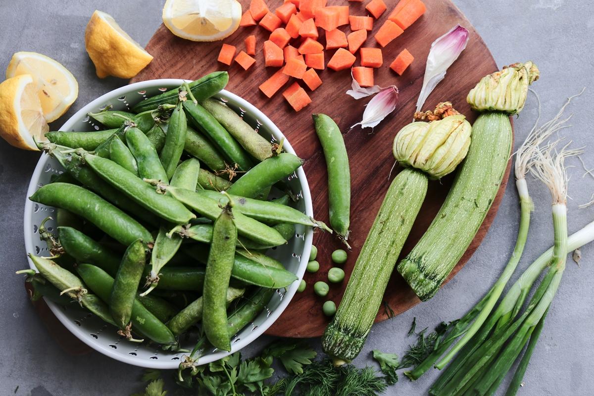 Φρέσκα Λαχανικά _Αρακάς_Κολοκυθάκια