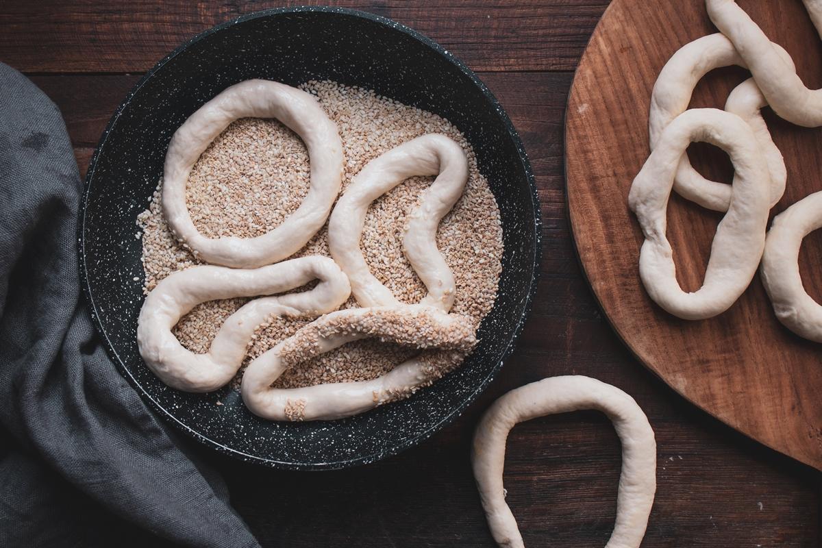 Greek Koulouri Thessalonikis Recipes sesame bread crown