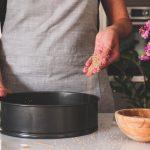 Γκρι κουζίνα και μαγειρική