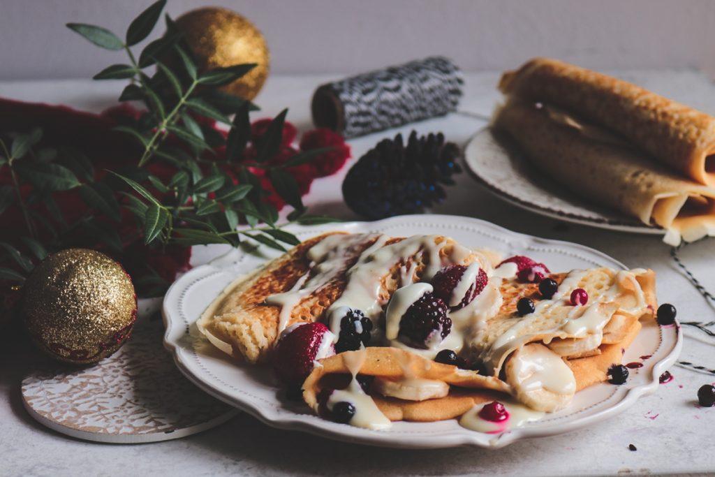 Γιορτινές συνταγές για γλυκά με φρούτα και λευκή σοκολάτα