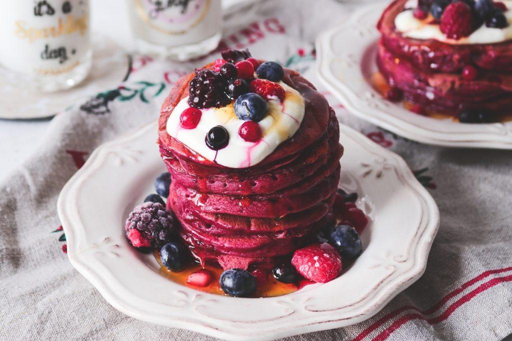 Γλυκά με παντζάρια και γιαούρτι